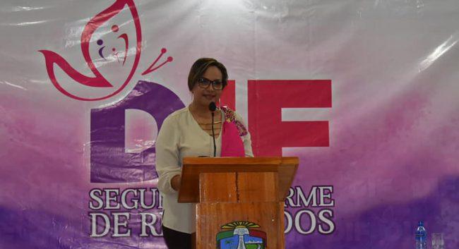 Rinde DIF Municipal segundo informe de resultados en Agua Dulce