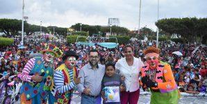 Cientos de familias disfrutaron del festival de día de reyes en Agua Dulce