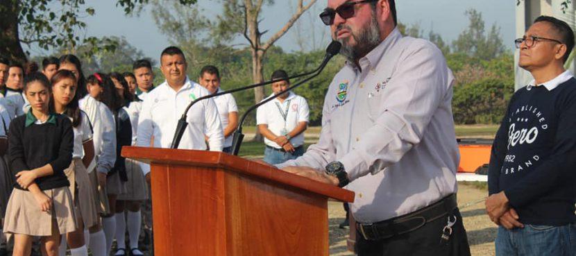 Anuncia Sergio Guzmán Ricárdez construcción de domo escolar en el CECYTEV
