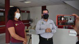 Continúan con sanitización en áreas publicas de Agua Dulce