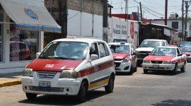 Taxistas de Agua Dulce recibirán apoyo económico por contingencia.