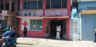 Se refuerzan trabajos de sanitización de espacios públicos y de salud en Agua Dulce